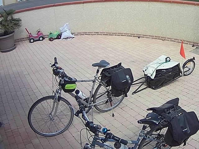 Vélos sacoches et remorque
