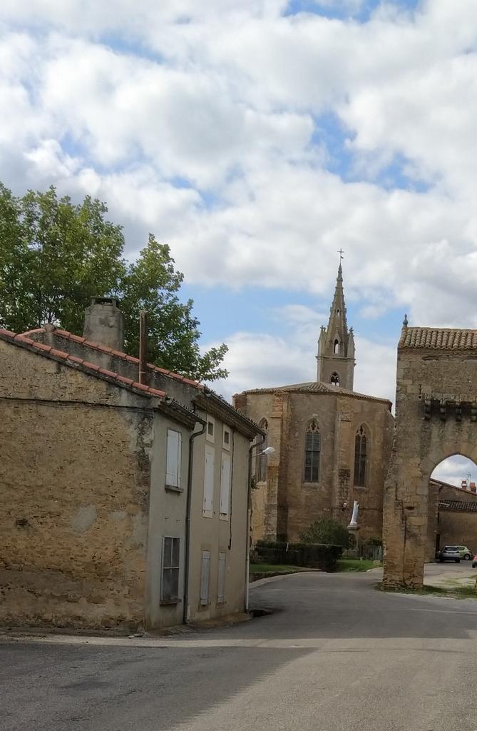 Eglise Montmaur